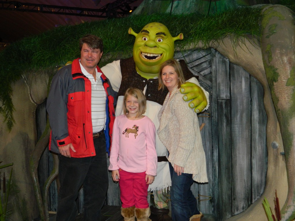 The whole gang with the mighty ogre himself, Shrek