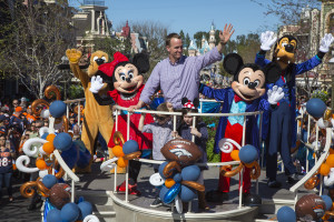 (February 8, 2016) In honor of the Denver Broncos' unforgettable victory at Super Bowl 50, the Disneyland Resort saluted quarterback Peyton Manning with a champion's parade down Main Street, U.S.A. at Disneyland Park in Anaheim, Calif., on Monday. Some favorite Disney characters joined the parade as Manning rode in a float with his children, Mosely and Marshall. (Paul Hiffmeyer/Disneyland Resort)