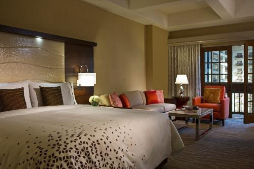 renaissance orlando at seaworld hotel 48 hour sale. Black Bedroom Furniture Sets. Home Design Ideas