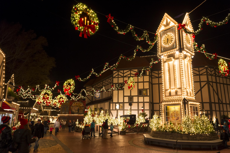 Busch Gardens Christmas Town Insulated Mugs 2021 Busch Gardens Christmas Town 2018 Celebrating 10 Magical Years